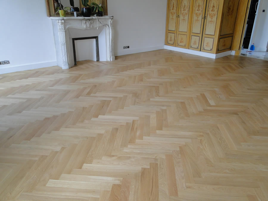 pose de parquet nice par un ma tre artisan parqueteur. Black Bedroom Furniture Sets. Home Design Ideas